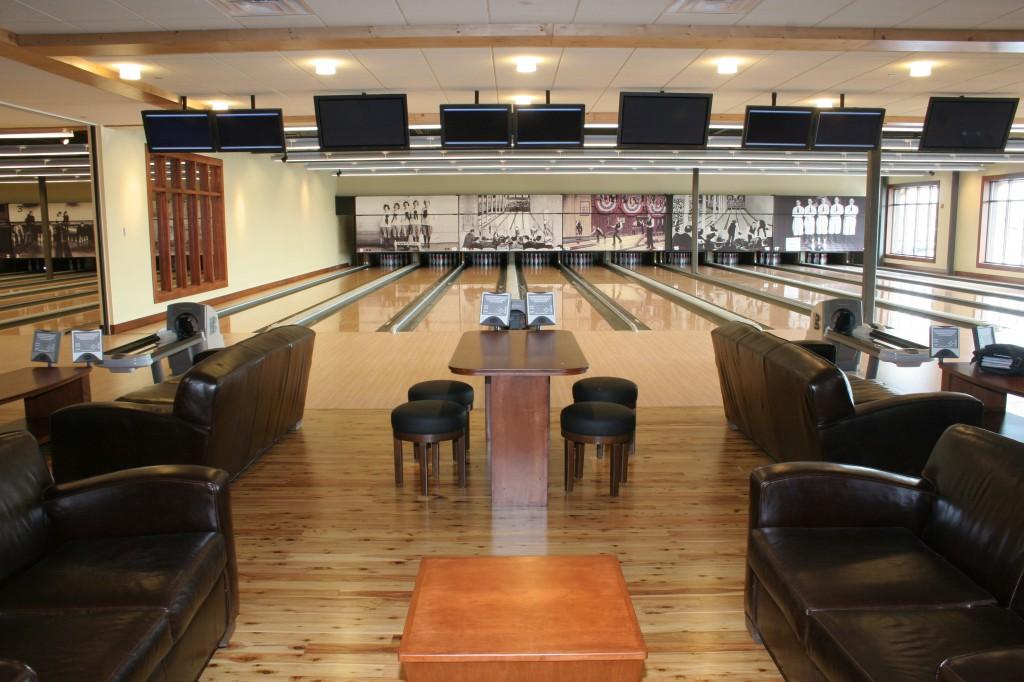pinstripes bowling lanes