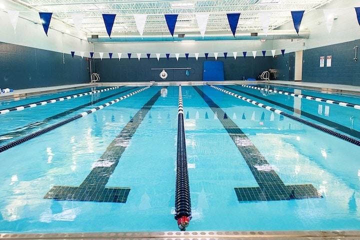 max aquatics pool