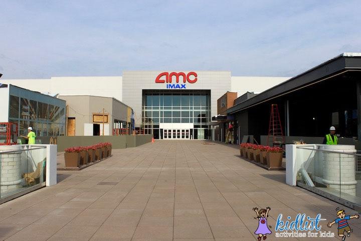 amc-oakbrook-12-food-court