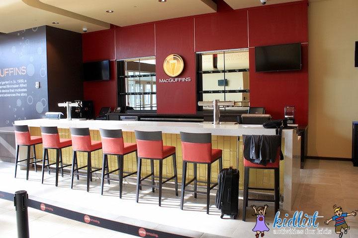 amc-oakbrook-12-macguffins-bar