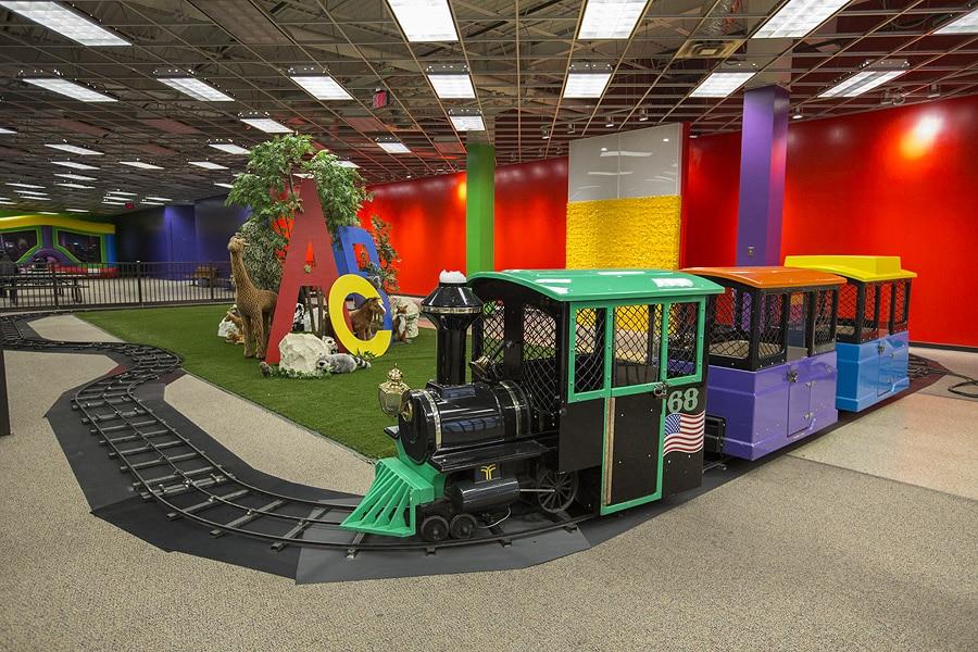 funflatables-yorktown-center-express-train-for-kids
